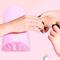 cojín manicura rosa